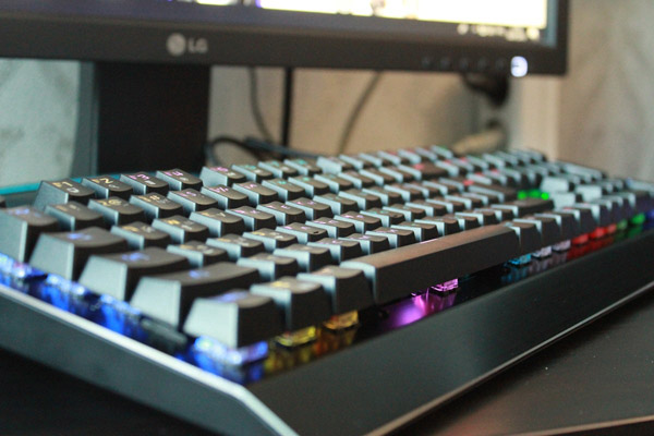 Игровая клавиатура SVEN KB-G9700 Mechanical